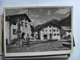 Zwitserland Schweiz Suisse GR Schuls Am Margnabrunnen - GR Grisons