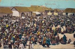 1905 PERÚ , TARJETA POSTAL CIRCULADA DESDE LA INDIA BRITÁNICA A INGLATERRA , YLAVE - FERIA EN LA PLAZA - Perú