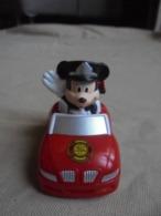 Figurine Mickey Mouse En Voiture De Pompier Fire Dept N° 1037 Disney China - Disney