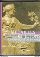 Livre MEDAILLES ET JETONS De La Banque De France   (  Très Bon  état ) Poids 1200  Gr - France