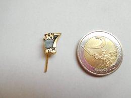 Belle épinglette ( No Pin's ) , Informatique , 387 Intel - Informatique