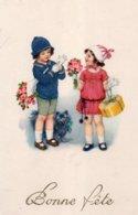 CPSM,Bonne Fête, Deux Enfants Avec Cadeau, Fleurset Chien - Ritratti