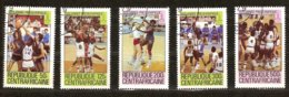 Centrafricaine 1979 Yvertnr. 404-408 (o) Oblitéré Cote 3,75 €  Sport Basket-ball Année Préolympique - Baloncesto