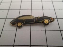 713b  Pin's Pins / Beau Et Rare / THEME AUTOMOBILES / JAGUAR TYPE E NOIRE - Jaguar