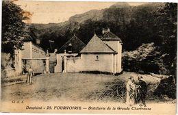 CPA Dauphiné - FOURVOIRIE - Distillerie De La Grande-CHARTREUSE (243938) - Autres Communes