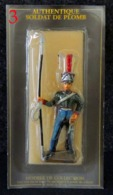 Soldat Plomb Napoléon Eclaireur Grenadier De La Garde NEUF Sous Blister STARLUX - Soldados De Plomo