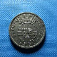 Portuguese S. Tomé E Príncipe 2 1/2 Escudos 1971 - Portugal