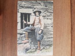CMCB.Coutumes Moeurs Et Costumes Bretons ND 405.vieillard De Cast - Sonstige Gemeinden