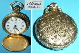 Montre à Gousset Dorée NOVUS Incabloc Avec Décor De Fleurs De Lys Lis - Horloge: Zakhorloge