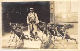 CARTE PHOTO MILITAIRE MITRAILLEUSE / HOTCHKISS ? - Equipment