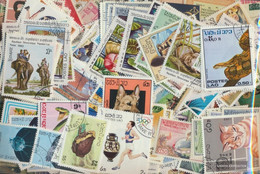 Laos Stamps-900 Different Stamps - Laos