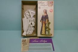 Airfix - ANNE BOLEYN Figurine Maquette Plastique Réf. 03542-8 Neuf NBO 1/12 - Figurines