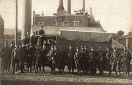 Cpa LUXEMBOURG - DIFFERDANGE, L'usine De Differdange Pendant La Grêve 1921, Carte-photo, Soldats - Differdange