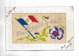 """Belle Carte Brodée """" Ma Pensée Te Suit """"  Fleur, Drapeau Tricolore. Voir Les Scans - Brodées"""