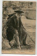 41 EN SOLOGNE 83 ND Un Vieux Mendiant  Vieil Homme Assis Fatigué  Datant Avant 1910    D17 2019 - Sin Clasificación
