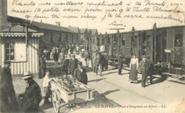 LE HAVRE - Train D'émigrants Au Départ. - Gares - Avec Trains