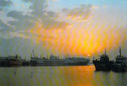 Asie-CHINA-CHINE The Pohai Sea At Sunrise (Bohai Sea)  (bateau Bateaux Ship Ship S)  *PRIX FIXE - Chine