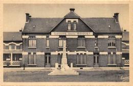 CPA 62 ROUVROY SOUS LENS L ECOLE RAOUL BRIQUET LE MONUMENT DES FUSILLES - Francia