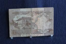 104  / Government Of  Pakistan  One Rupee  /  N° 2951765 - Pakistan