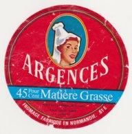 ETIQUETTE DE FROMAGE DE LA CHAPELLE D ANDAINE 61 E - Cheese