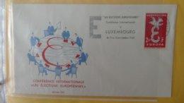 Dispersion D'une Collection D'enveloppe 1er Jour Et Autres Dont 111 Sur Le Thème EUROPA Luxembourg - Timbres