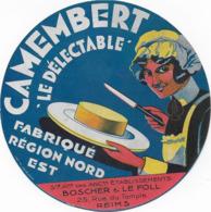 ETIQUETTE    DE FROMAGE  NEUVE  AMEMBERT LE DELECTABLE REGION NORD EST BOSCHER ET LE FOLL REIMS - Cheese