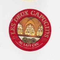 ETIQUETTE DECAMEMBERT ULN VIRE 14 BP LES DEUX CAPUCINS - Cheese
