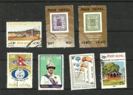 Népal N°361, 379 à 383, 385 Cote 3.10 Euros - Nepal