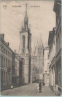 CPA:   TOURNAI    (belgique) :     Le Beffroi.    (E2379) - Doornik