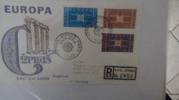 Dispersion D'une Collection D'enveloppe 1er Jour Et Autres Dont 137 Sur Le Thème EUROPA - Stamps