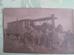 Carte Photo  D Un Rouleau Compresseur . Travail De Route . Roulotte - Métiers