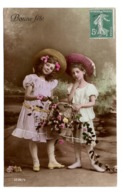 ENFANTS - Les Belles En Chapeaux - Portraits