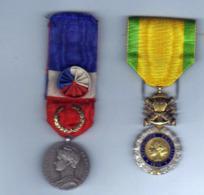Lot De 2 Medailles - Frankreich
