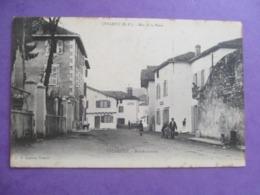 CPA 64 USTARITZ RUE DE LA POSTE ANIMEE - France