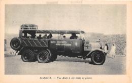 TUNISIE - Expédition Renault - TOZEUR - Une Auto à Six Roues 10 Places - Tunisia