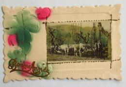 C. P. A. Couleur : Bonne Année Trèfle à 4 Feuilles Avec Superbe Photo D'un Labour Avec 4 Boeufs, Timbre En 1913 - Equipos