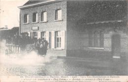"""BELGIQUE - Inondations à HAMME - Mars 1906 - Arrivée De Curieux à """"Drij Goten"""" - Attelage - Hamme"""
