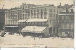 264 - BORDEAUX - PLACE DE LA COMEDIE - L'HOTEL DE BORDEAUX  ( Animées + COIFFEUR ) - Bordeaux