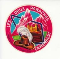 Etiquette De Fromage Camembert - Les Deux Panaches - Indre. - Cheese