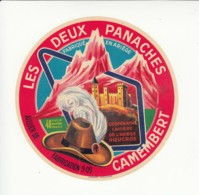 Etiquette De Fromage Camembert - Les Deux Panaches - Ariège. - Cheese