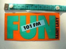 AUTOCOLLANT RADIO FUN 101 FM - SAINT LARY - Autocollants
