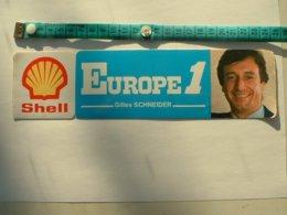 AUTOCOLLANT RADIO EUROPE 1 - GILLES SCHNEIDER - SHELL - COQUILLAGE - Aufkleber
