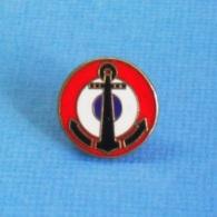 1 PIN'S //  ** FORCE MARITIME De L'AÉRONAUTIQUE NAVALE / L'AÉRONAVALE FRANCAISE ** . (GF Groupe FIA). à VIS - Militaria