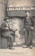 Thème  Métiers . Tapisserie.Tannerie. Soie Chiffonniers Chez Les Pillaouères    Huelgoat       (voir Scan) - Craft