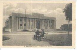 8 - BETHUNE - LE PALAIS DE JUSTICE  ( Animées ) - Bethune