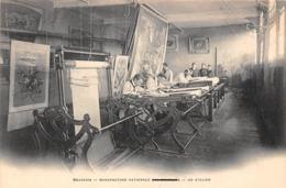 Thème  Métiers . Tapisserie.Tannerie.   60 Beauvais   Atelier  2  (voir Scan) - Artisanat