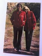 Alain Delon And Mireille Darc Photo Autographs Hand Signed 10 X 15 Cm - Fotos Dedicadas