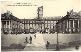 2- Dijon - Hotel De Ville (Ancien Palais Des Ducs De Bourgogne) - Animé, Caleche - Dijon
