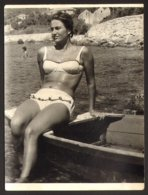 Pretty Bikini Woman On Beach Old Photo 9x12 Cm #29268 - Personnes Anonymes