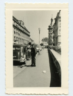 Rue Street Voiture 40s Perspective Snapshot Amateur - Personnes Anonymes